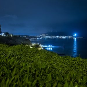 landscape-sea-coast-grass-horizon-light-290352-pxhere.com