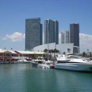 sea-coast-dock-boat-skyline-city-969242-pxhere.com
